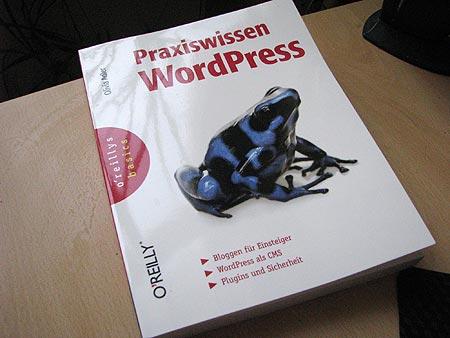 Buchcover: Praxiswissen WordPress